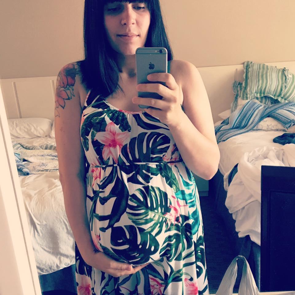 Robe: H&M maternité
