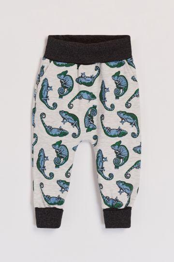 Trop cool! L'Aubainerie offre maintenant plein de pantalons évolutifs pas trop chers!