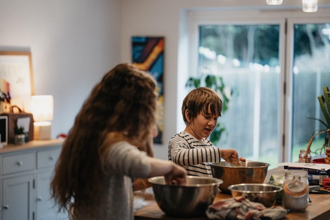 7 activités à faire en famille à la maison lors de la relâche