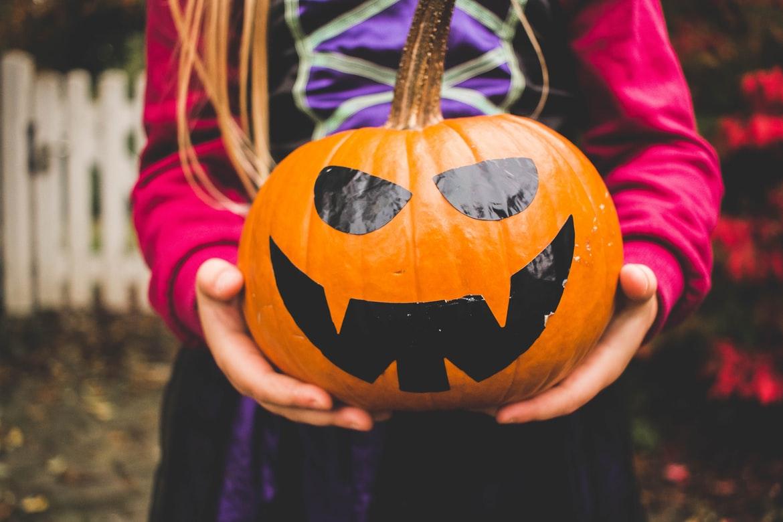 Quelques trucs pour des festivités d'Halloween réussies avec les minis